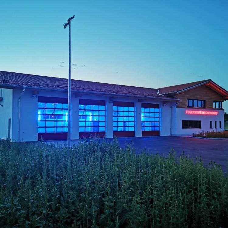 Neubau Feuerwehrhaus mit Verwaltungsgebäude und Fahrzeughalle